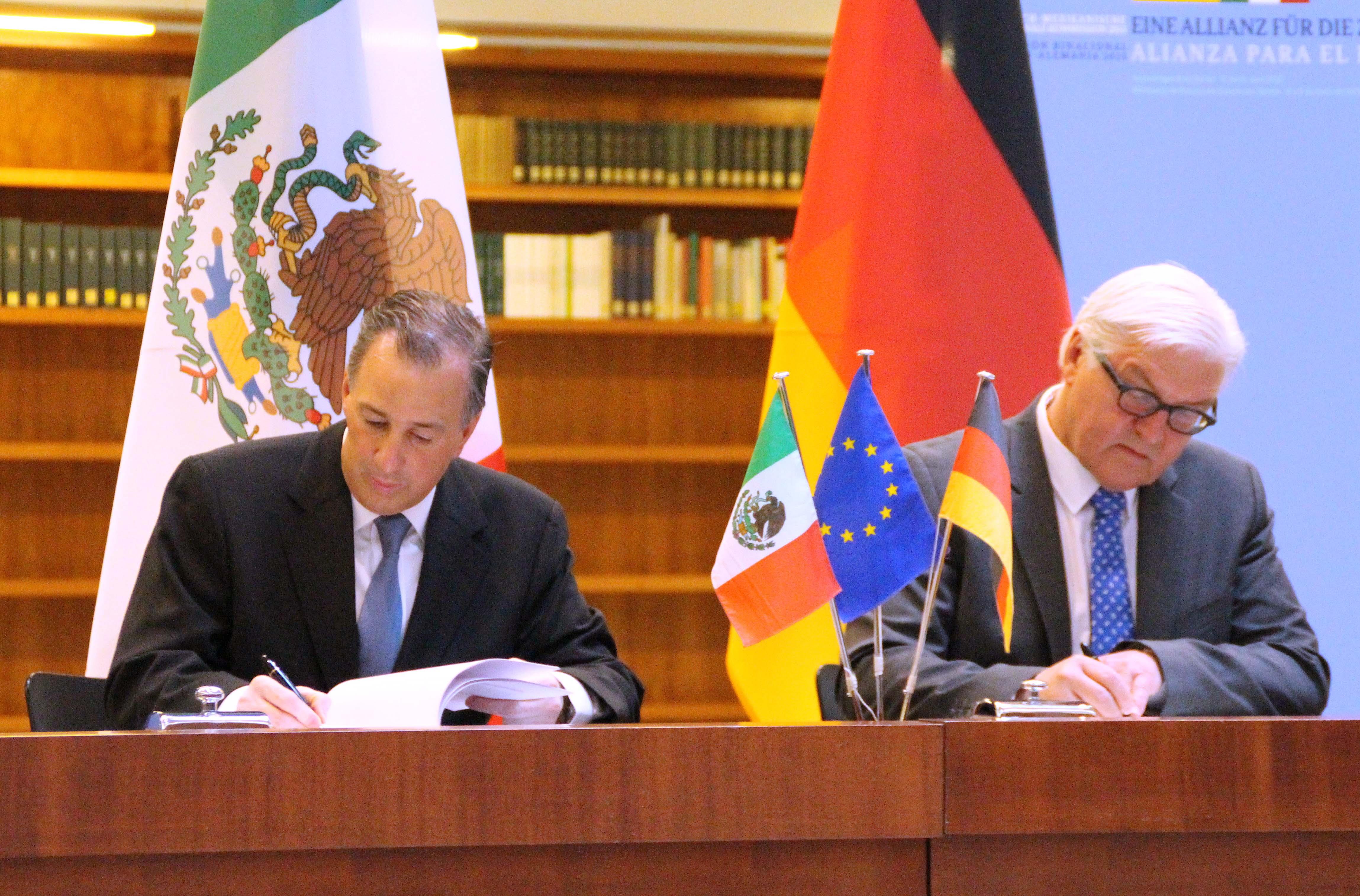 FOTO 3 Canciller Meade junto con su hom logo alem n Frank Walter Steinmeierjpg