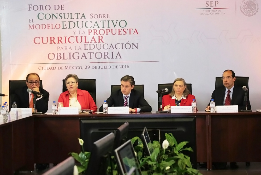Destaca Nuño Mayer transparencia y apertura en los foros de consulta sobre nuevo Modelo Educativo