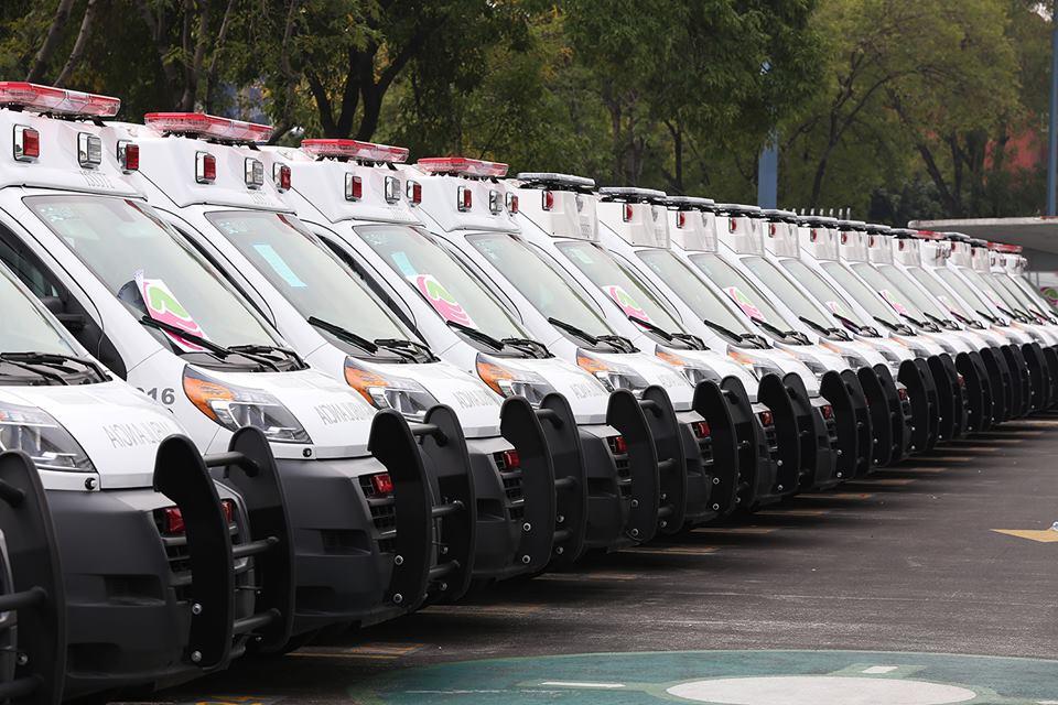 Fotos De Ambulancias Modernas >> Nuevas y modernas ambulancias   Instituto de Seguridad y Servicios Sociales de los Trabajadores ...