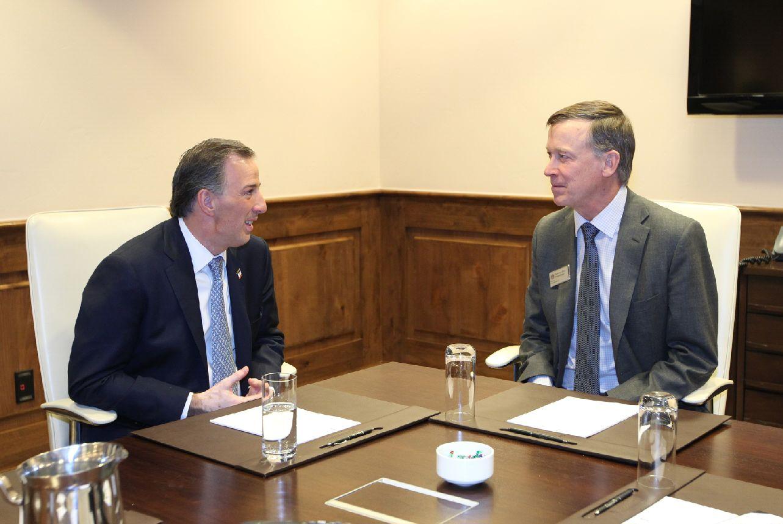 Foto 3 El canciller Jos  Antonio Meade y el gobernador John Hickenlooperjpg