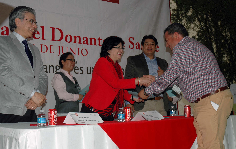 140615 D a Mundial del Donante de Sangre 06jpg