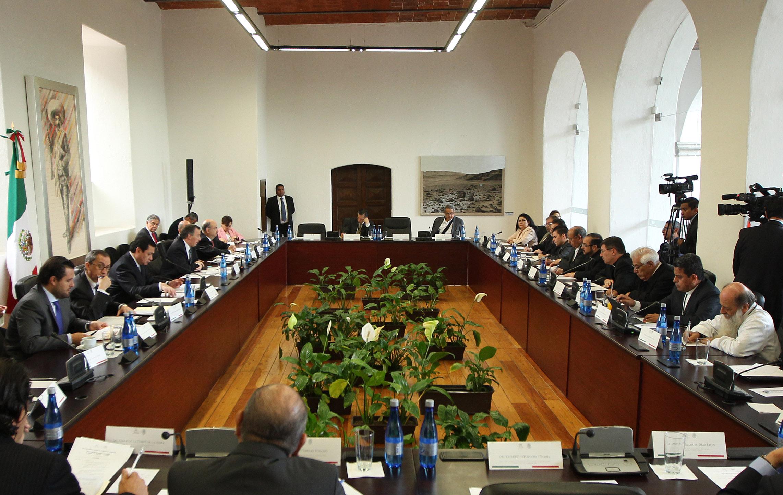 FOTO 2 Reuni n con integrantes de la Conferencia del Episcopado Mexicanojpg