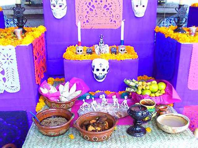El Altar De Muertos Parte De Nuestras Tradiciones Instituto De