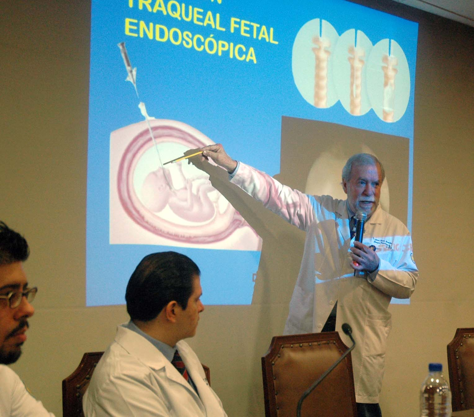 280615 Cirugia Fetal 03jpg