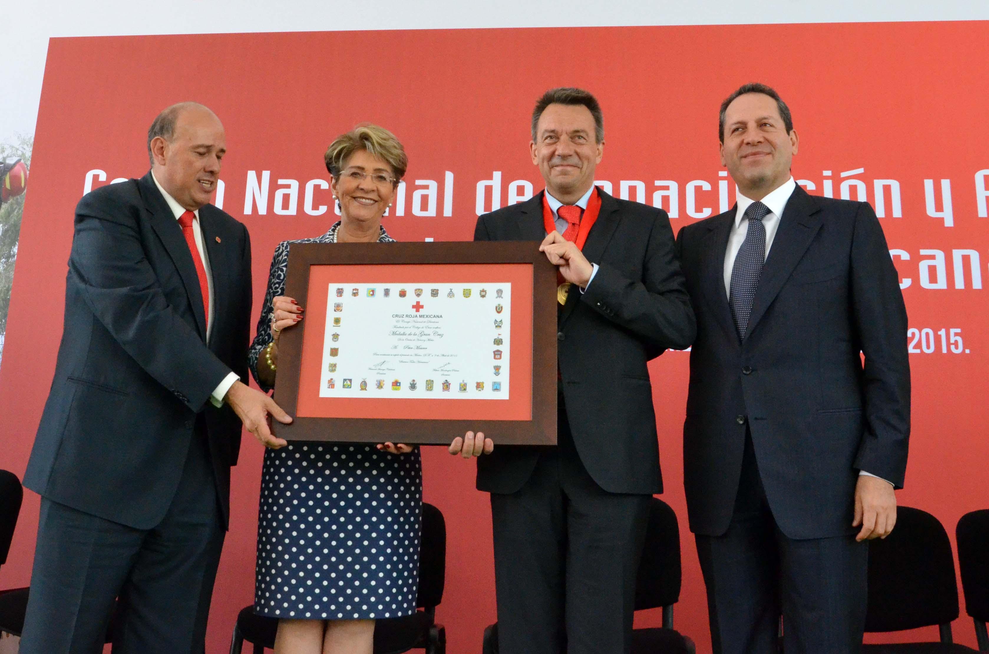 090415 105 Aniversario Cruz Roja 04jpg