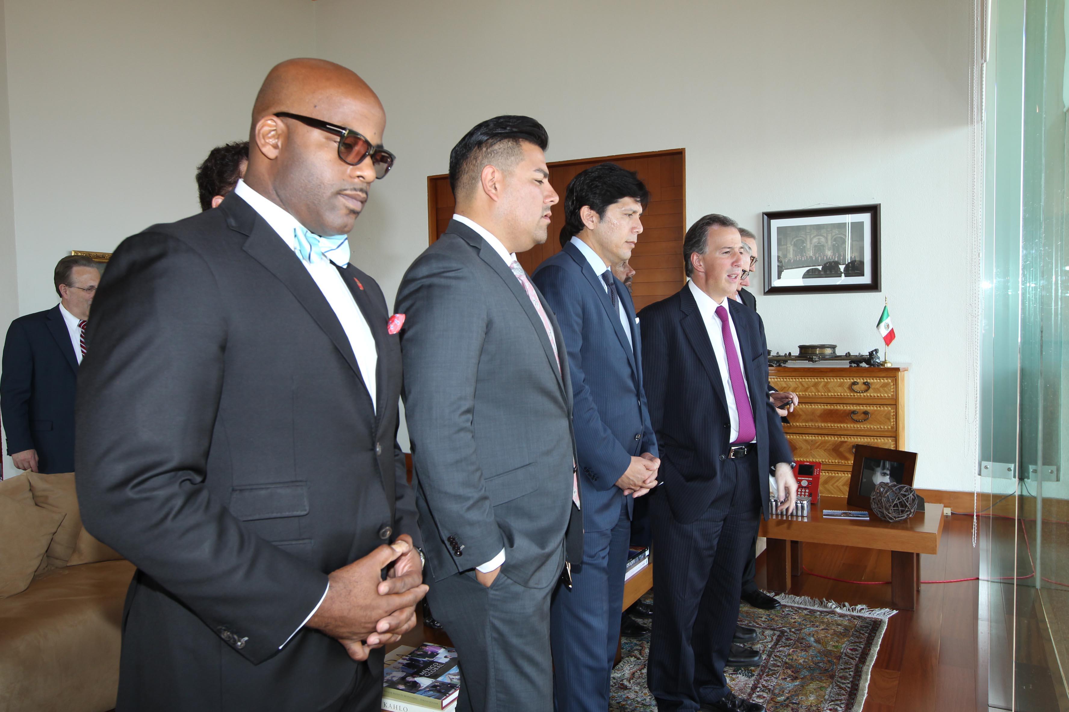 FOTO 1 Reuni n del canciller Jos  Antonio Meade con senadores del estado de California.jpg