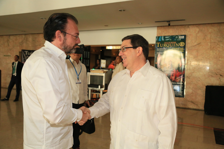 /cms/uploads/image/file/260377/FOTO_02_El_Titular_de_la_SRE_particip__en_La_Habana_en_la_Reuni_n_del_Consejo_de_Ministros_de_la_Asociaci_n_de_Estados_del_Caribe.jpg