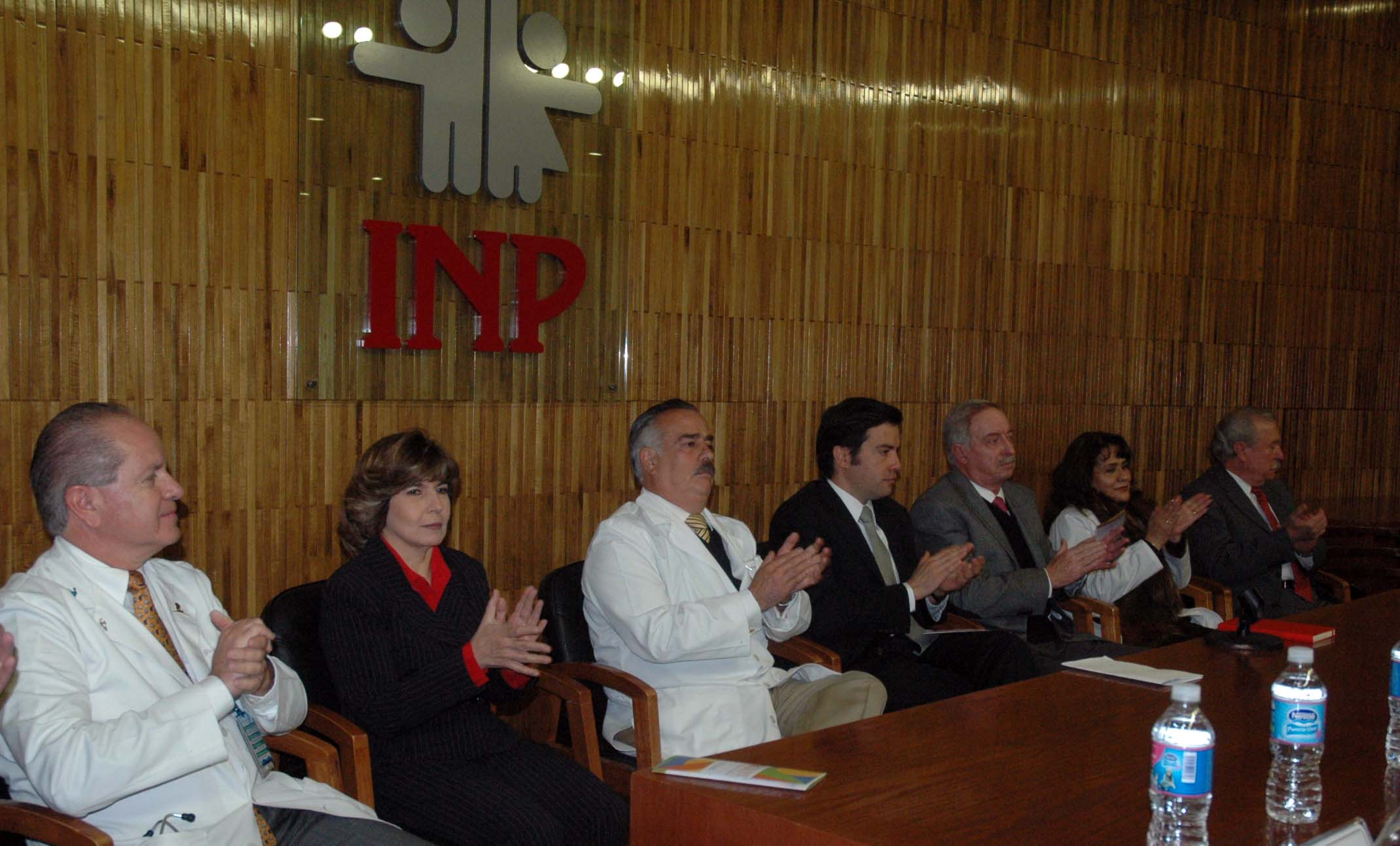 120215 Recidencias Medicas del INP 07jpg