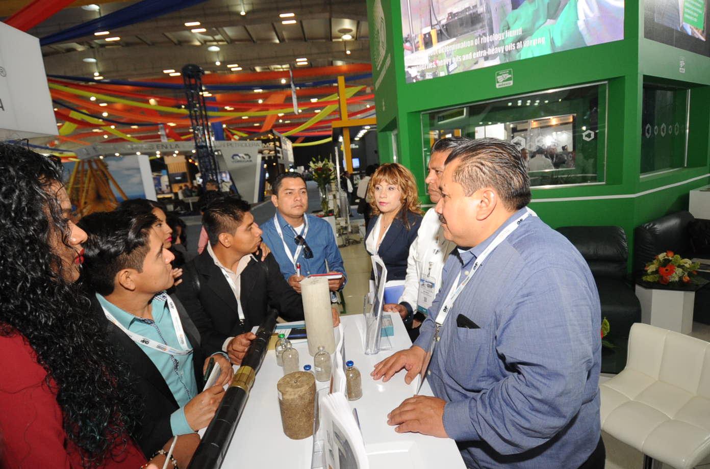 Presentan tecnologías para resolver problemáticas específicas de la industria petrolera.