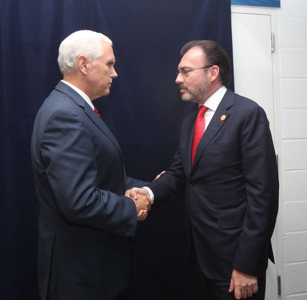 /cms/uploads/image/file/290064/Foto_1_LVC_con_el_Vicepresidente_de_EUA__Mike_Pence.jpeg