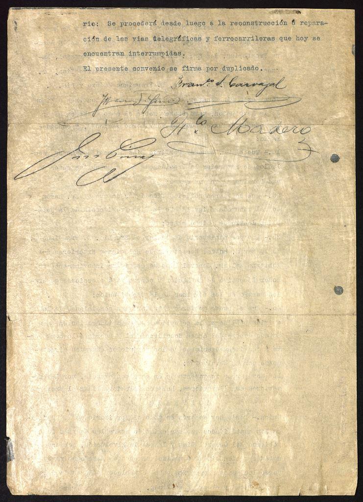 Tienes frente a ti uno de los documentos más trascendentales de nuestra historia moderna, ya que marcó una nueva era al poner fin al periodo porfirista y reconocer el triunfo del movimiento revolucionario encabezado por Francisco I. Madero. Son los Tratados de Ciudad Juárez que fueron emitidos y firmados el 21 de mayo de 1911.