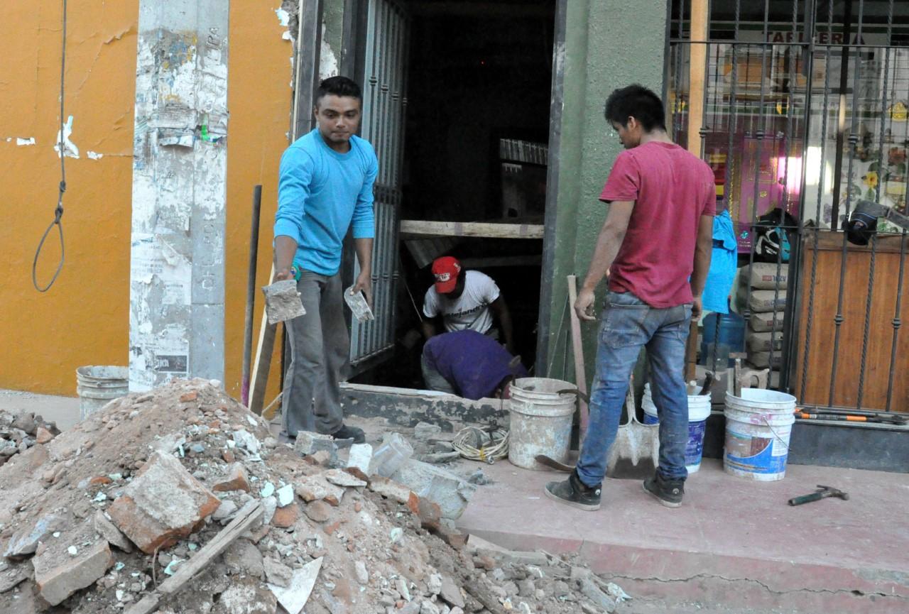 El Tequio o la mano vuelta, arraigada costumbre comunitaria en Oaxaca, punto nodal de la reconstrucción