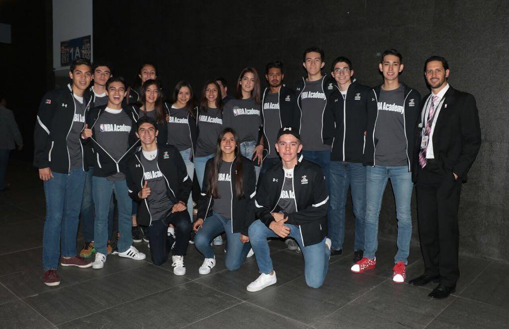 6bf3043aaed  cms uploads image file 353335 cb2a1d7e-ab0d-4d61. Los fans pueden  encontrar más información acerca de la NBA Academy Latinoamérica ...