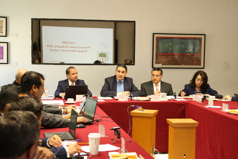 Autoridades de la Conaliteg durante la sesión del COCODI