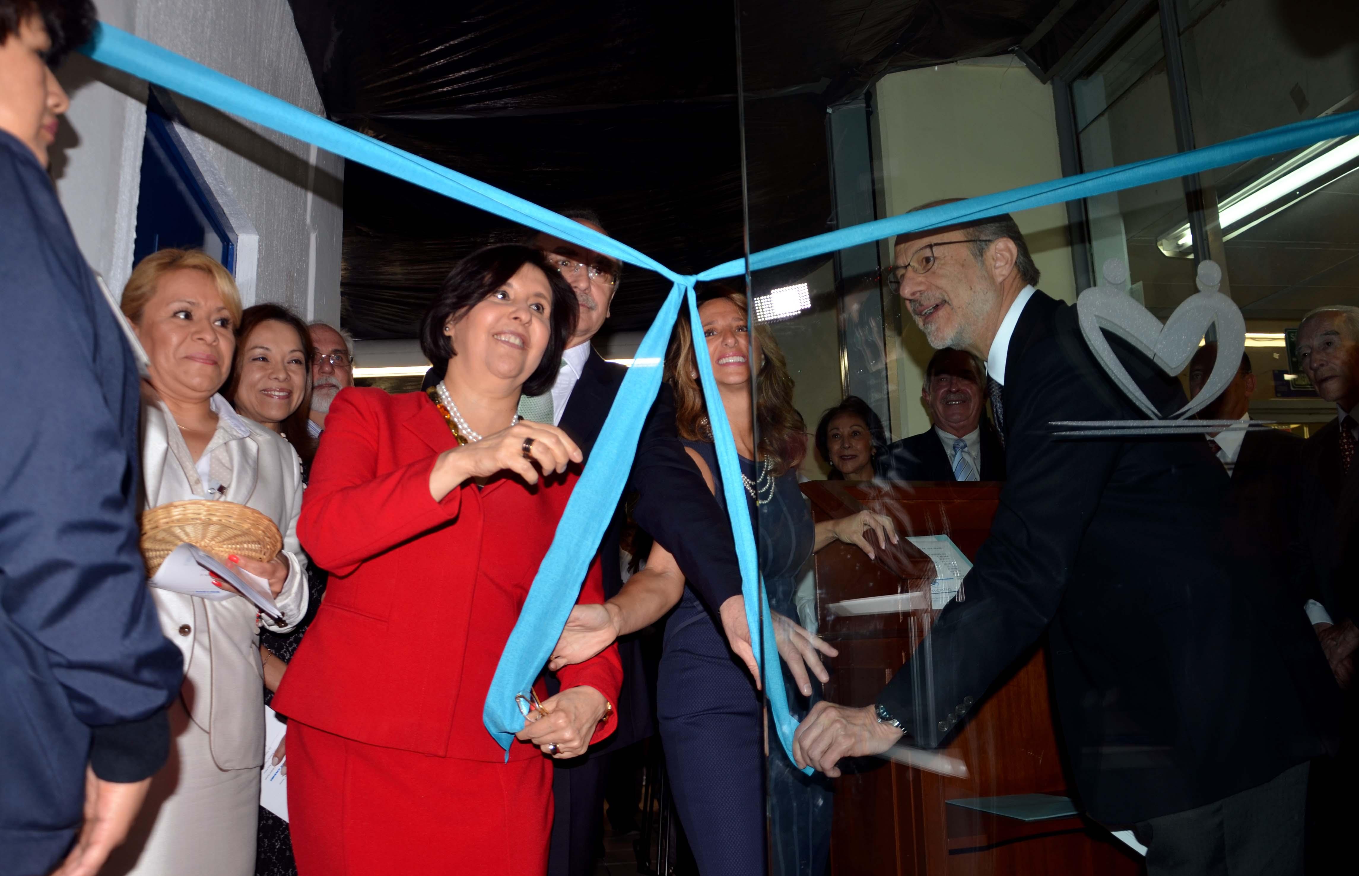 090315 Inauguracion de Sala Fundaci n EnCompa ia 04jpg