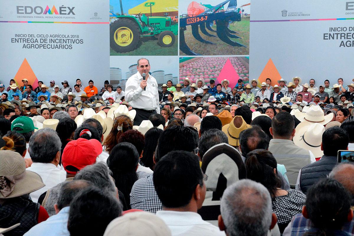 Con la modernización y tecnificación de unidades y distritos de riego, la Conagua y el gobierno del Estado de México pretenden impulsar la productividad del campo mexiquense.