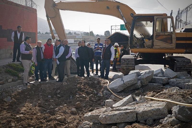El Director General de la Conagua, Roberto Ramírez de la Parra, supervisó el avance de los trabajos de saneamiento en el río Tijuana.