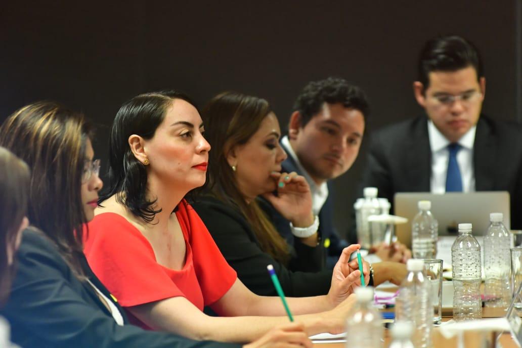 /cms/uploads/image/file/401053/thumbnail_11052018_Presentacio_n_Tablero_de_Seguimiento_Alianza_para_Gobierno_Abierto_SFP_Foto_4.jpg