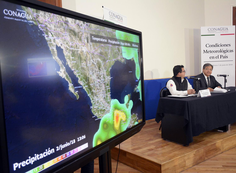Conagua y Protección Civil presentan condiciones meteorológicas en México.