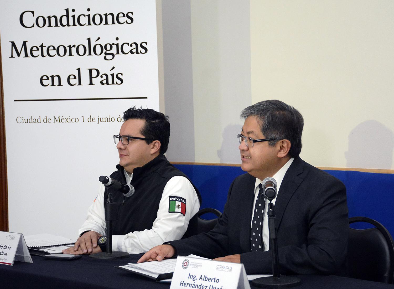 El SMN vigila una onda tropical que hoy cruza las Antillas Menores y el norte de Venezuela, señaló el Coordinador General del SMN.