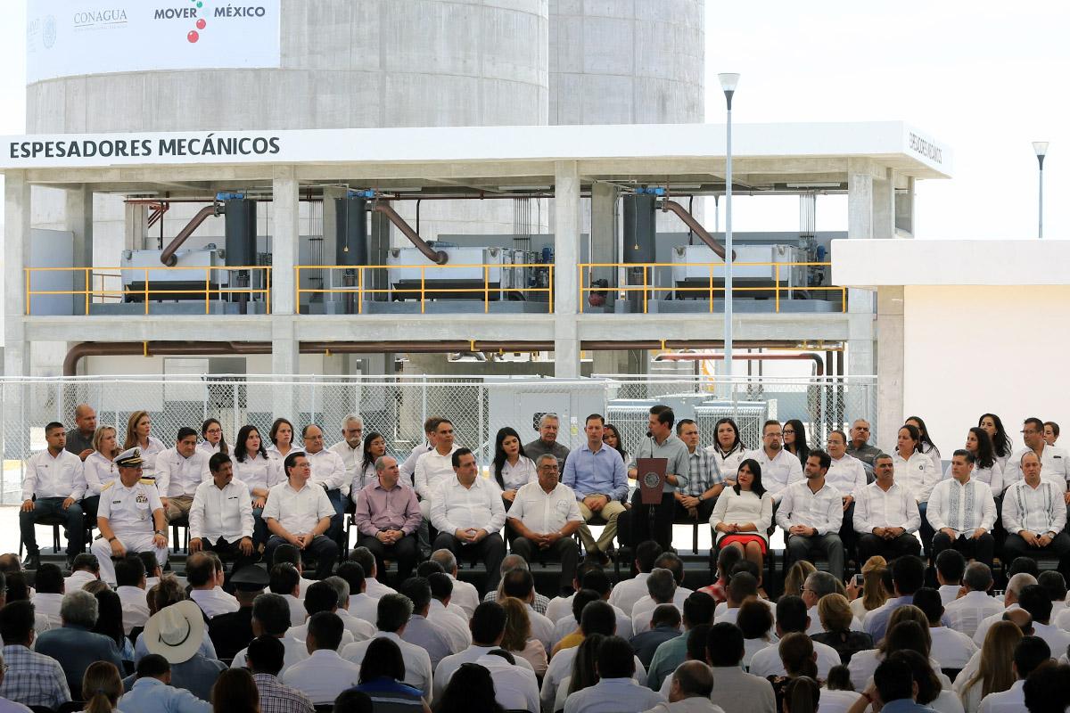 El Gobierno de la República, la Conagua y el Gobierno de Baja California Sur entregan la presa la palma y la planta de tratamiento de La Paz.