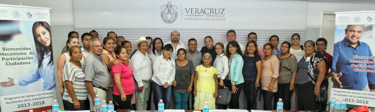 Foto grupal de participantes en Veracruz.