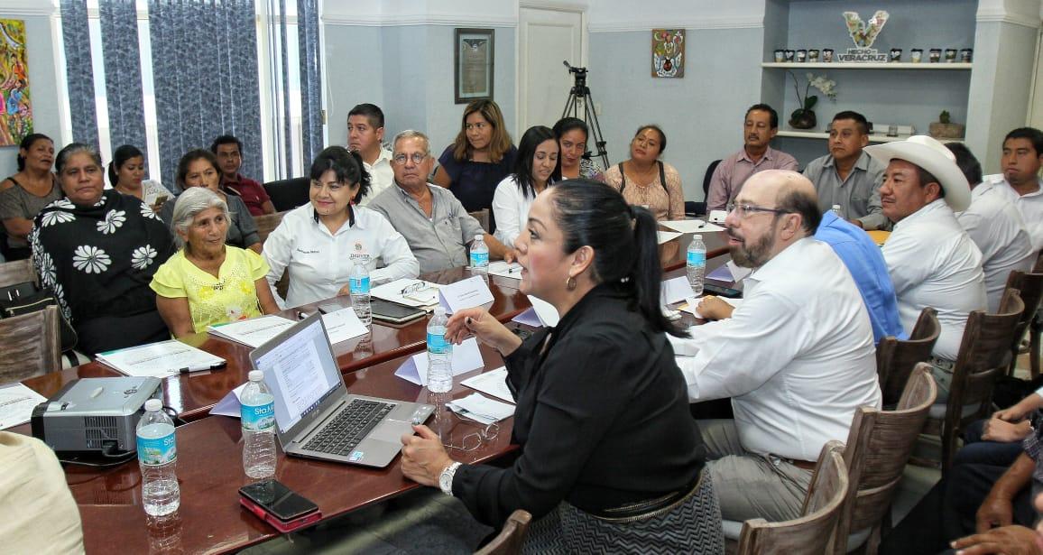 Presentación del Delegado de SEDATU en Veracruz, Pero Yunes.