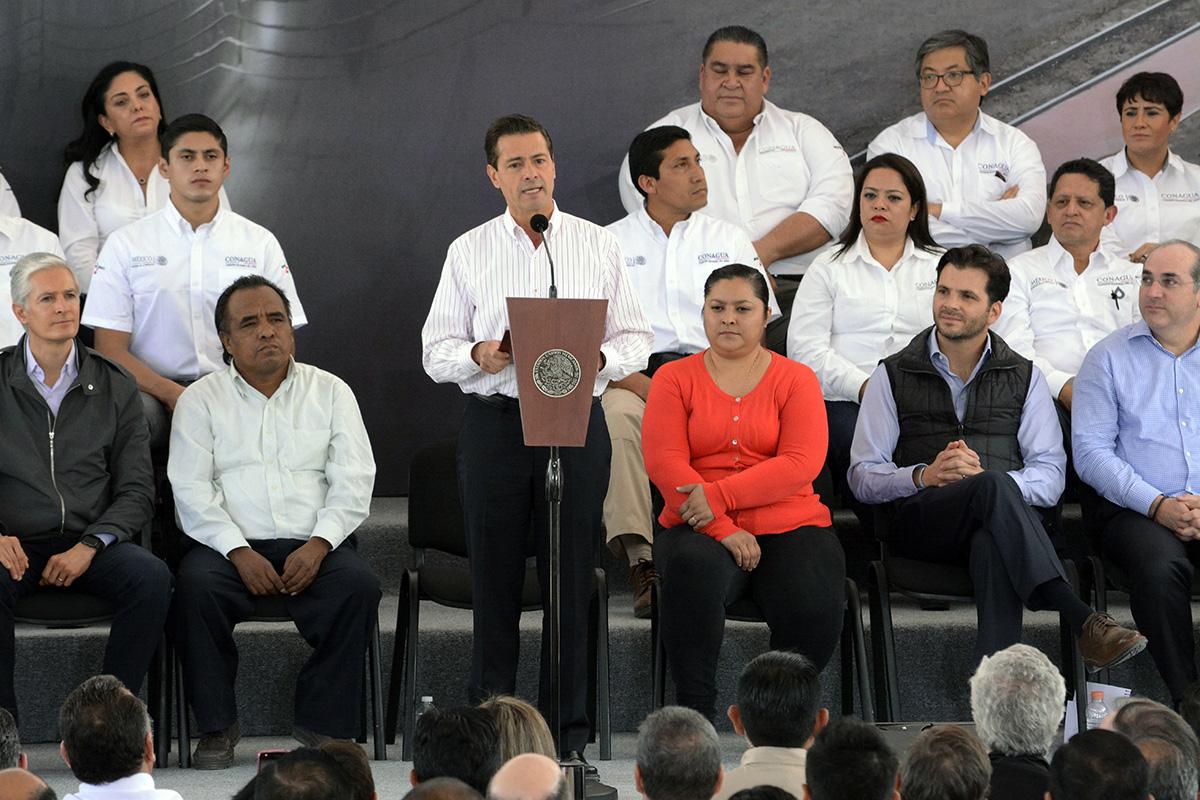 El primer mandatario del país, Enrique Peña Nieto, comentó que se invirtieron 6 mil 600 millones de pesos en estas obras hidráulicas realizadas por la Comisión Nacional del Agua.