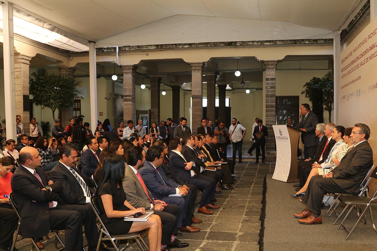La Jefa de Gobierno de la Ciudad de México precisó que es indispensable un proyecto integral metropolitano que permita una visión de largo plazo y con una meta conjunta, para responder a los retos hídricos que tiene la zona metropolitana del Valle de México.