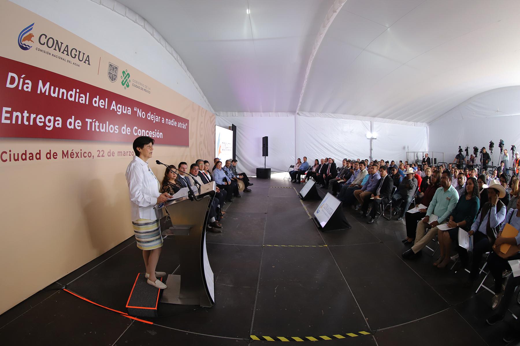 Como parte de la conmemoración del Día Mundial del Agua, la Conagua entrega títulos de concesión de las aguas nacionales de los usos agrícola, público urbano e industrial.