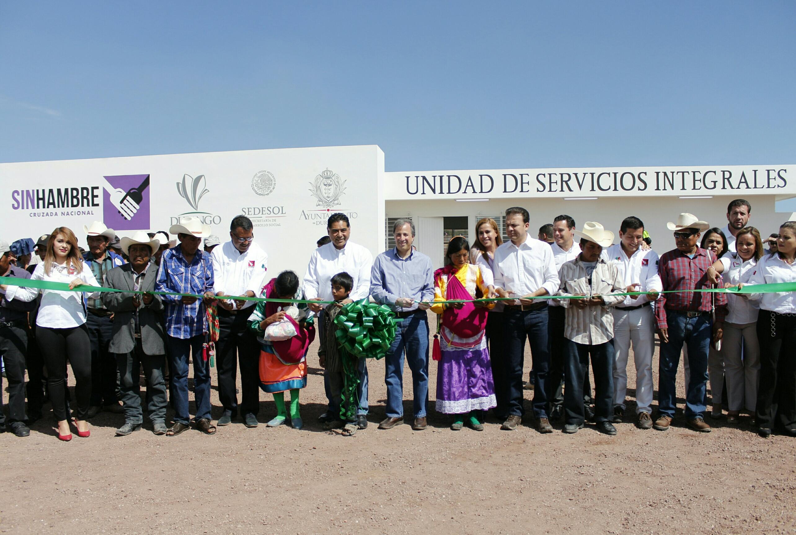 FOTO 3 El secretario Meade Kuribre a realiz  gira de trabajo en Durango.jpg