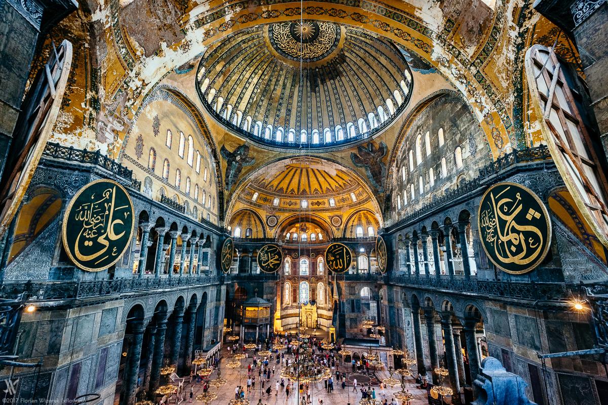 /cms/uploads/image/file/496330/Hagia_Sophia_Istanbul.jpg