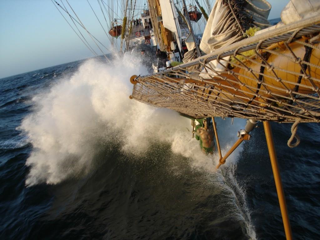 cuauhtemoc surcando los mares1.jpg