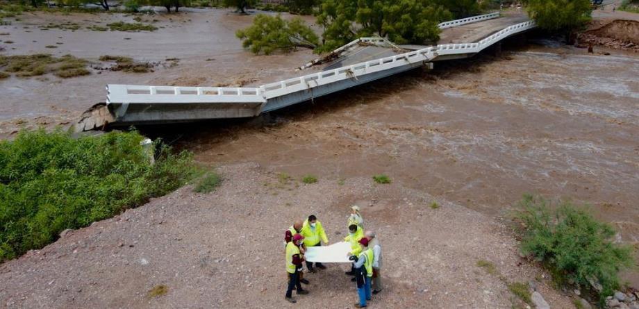 /cms/uploads/image/file/604923/foto_8._Km_154_300__carretera_Durango_-_Hidalgo_del_Parral_El_puente_presenta_claros_colapsados.png