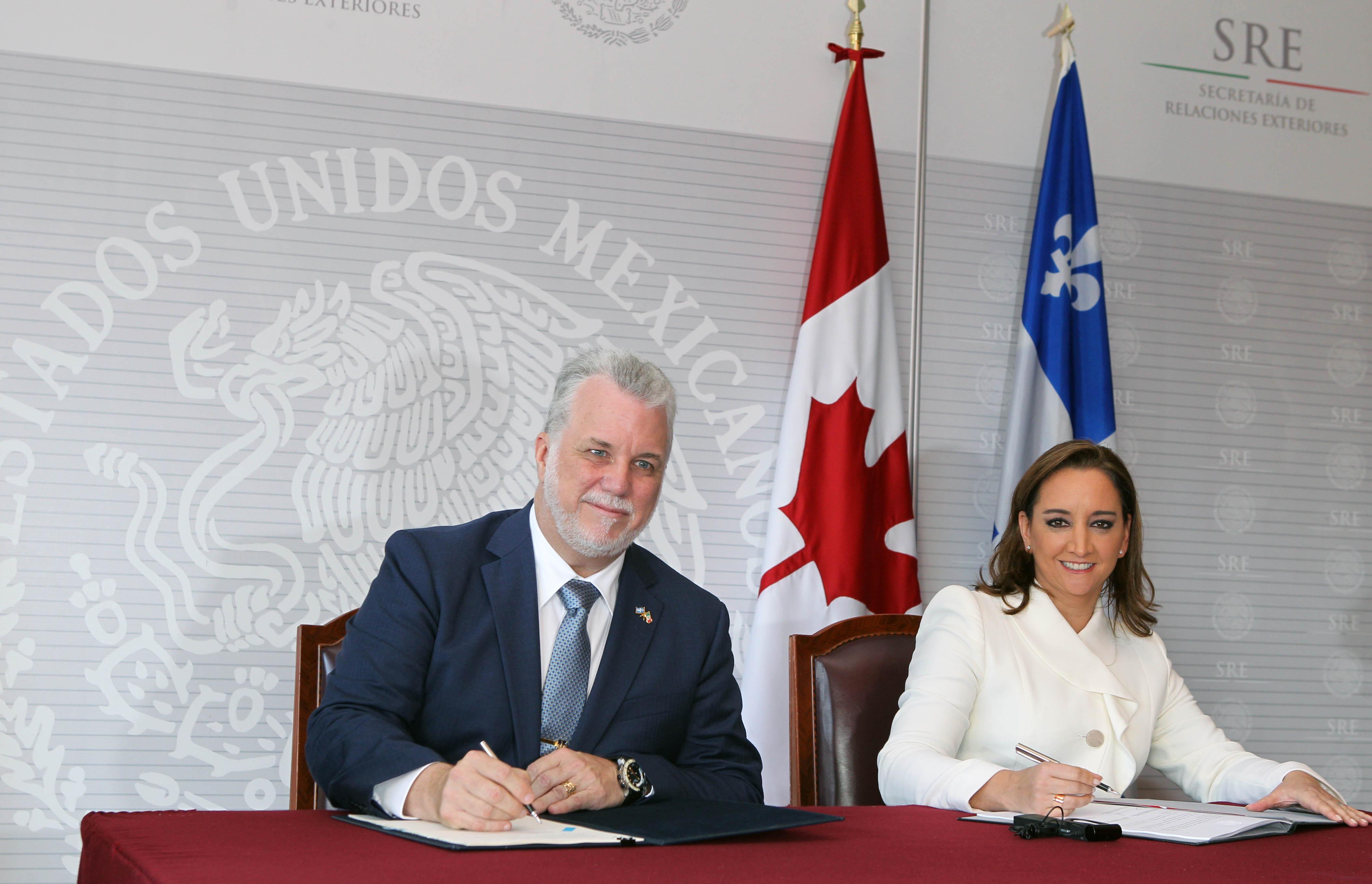 FOTO 4 Canciller Claudia Ruiz Massieu con el Primer Ministro de la Provincia de Quebec  Philippe Couillard  2 jpg