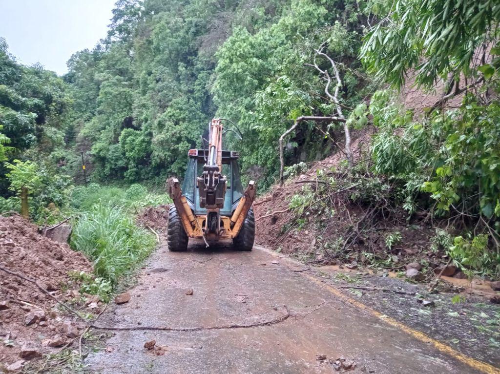 /cms/uploads/image/file/653513/km_195_al_205_de_la_carretera_Oaxaca_-_Puerto__ngel.jpg