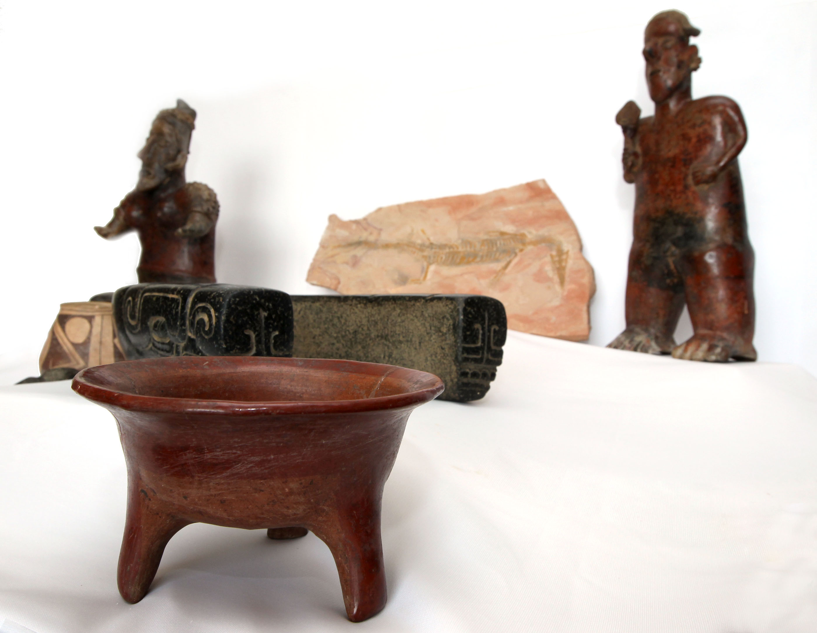 FOTO 2 M xico recupera piezas arqueol gicas y un f sil tras repatriaciones desde seis pa sesjpg