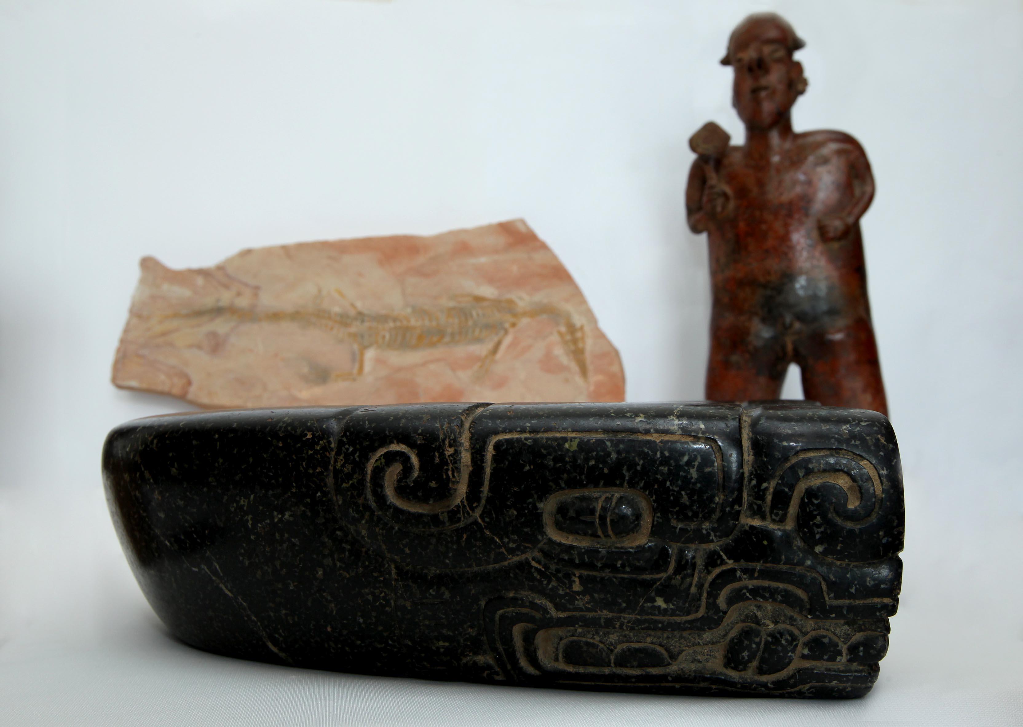 FOTO 4 M xico recupera piezas arqueol gicas y un f sil tras repatriaciones desde seis pa sesjpg