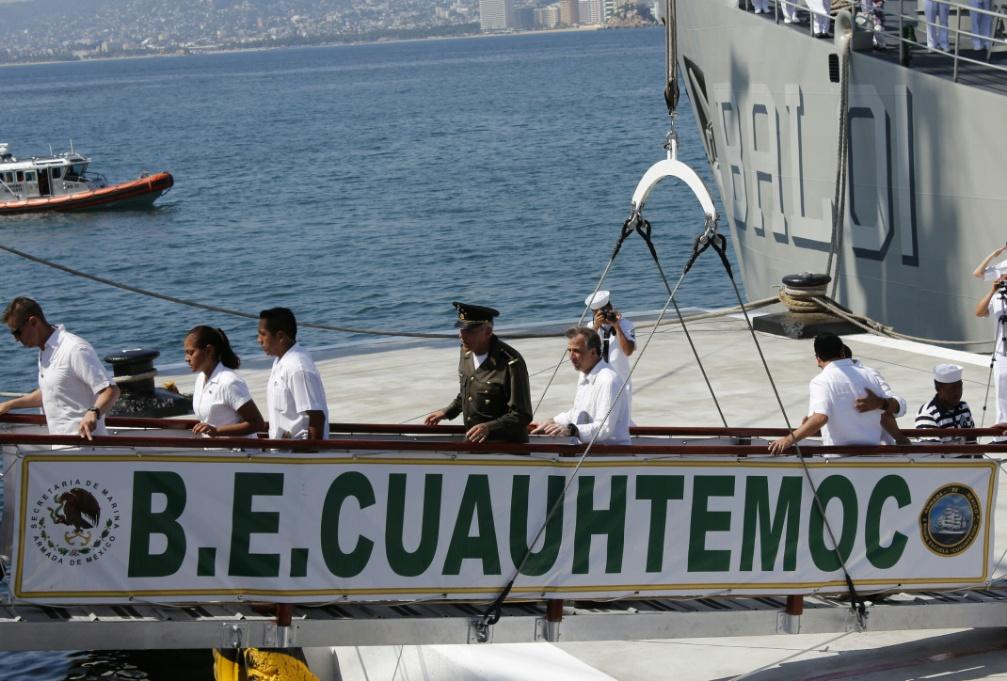 FOTO 3 Ceremonia de arribo y recepci n del Buque Escuela Velero Cuauht moc al muelle naval en Acapulco  Guerrero.jpg