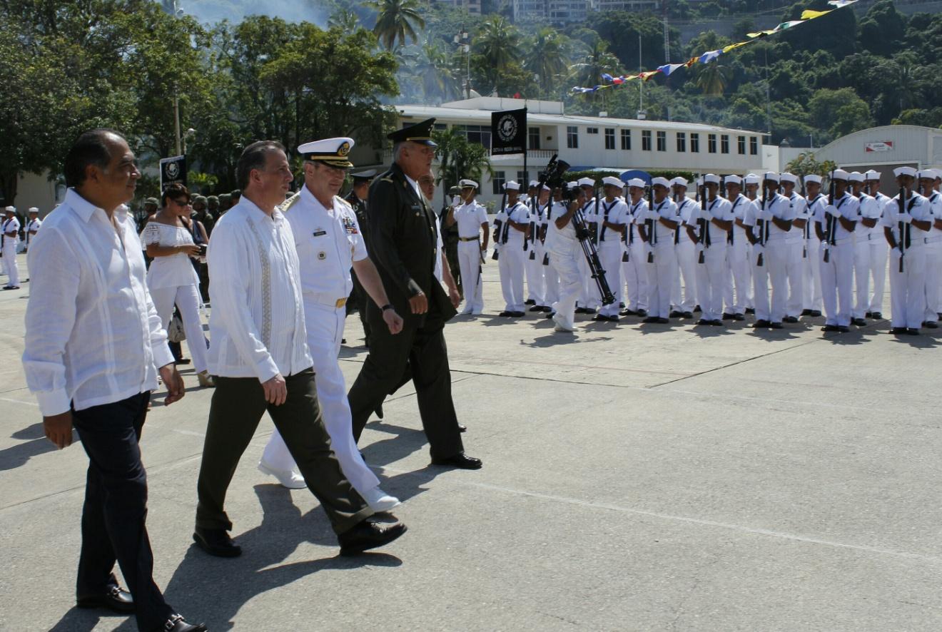FOTO 1 Ceremonia de arribo y recepci n del Buque Escuela Velero Cuauht moc al muelle naval en Acapulco  Guerrero.jpg