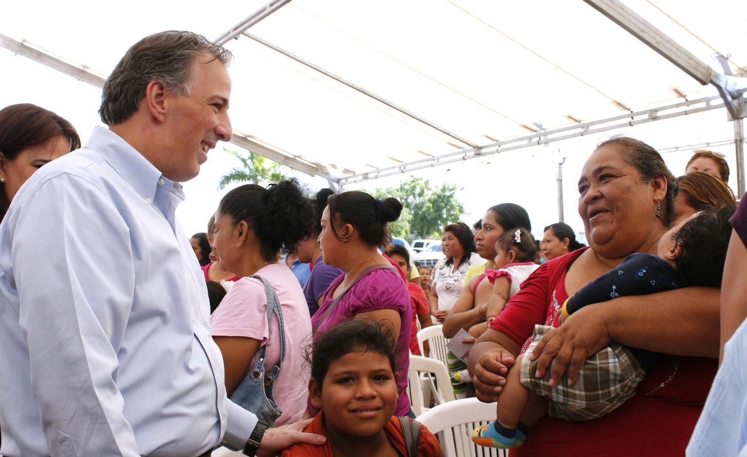 FOTO 2 Gira del secretario Meade en Tamaulipasjpg