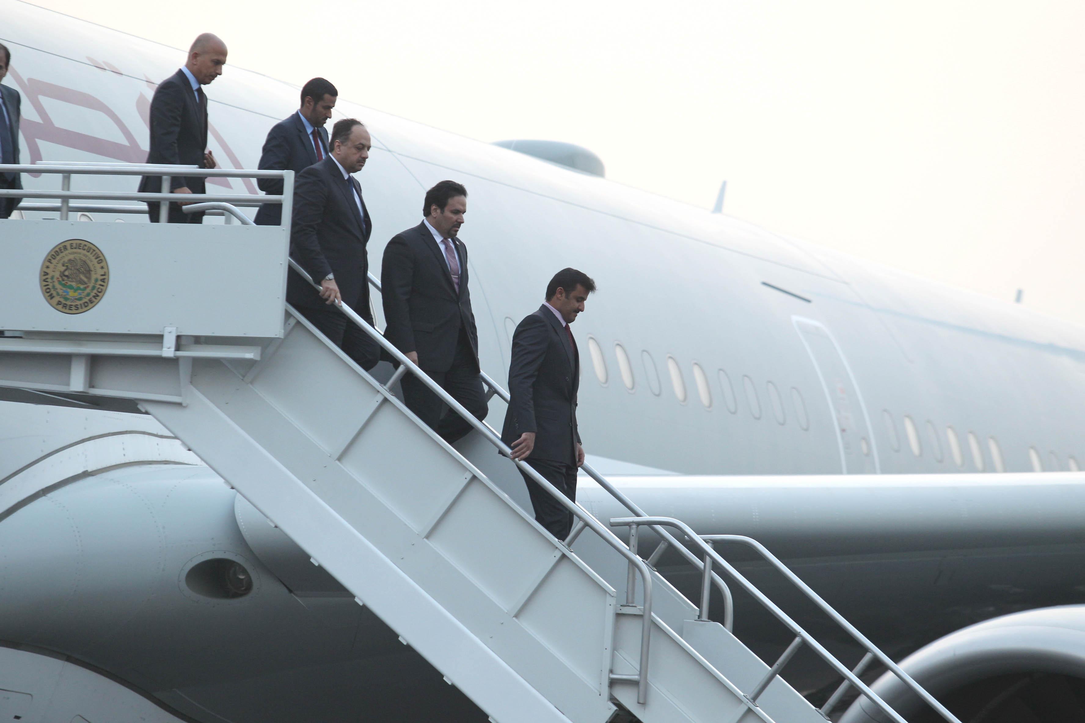 FOTO 1 Su Alteza  el Emir de Qatar  Jeque Tamim bin Hamad Al Thani   arrib  a la ciudad de M xico.jpg