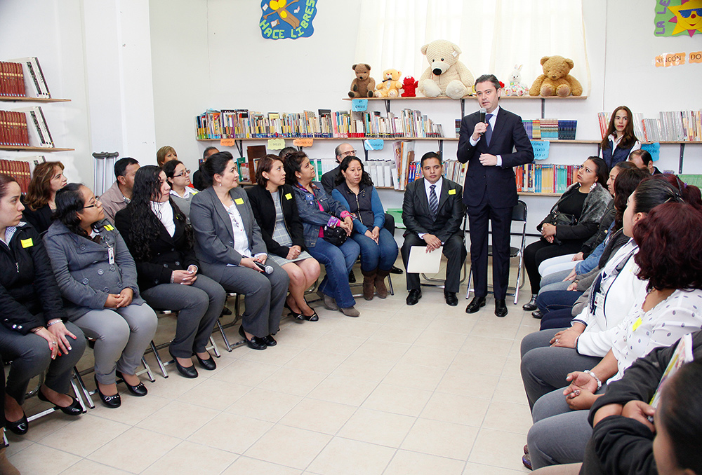 visita escuela primaria modelo 8jpg