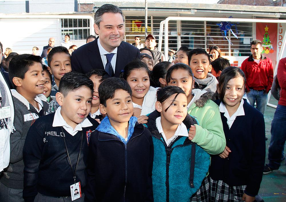 visita escuela primaria modelo 13jpg