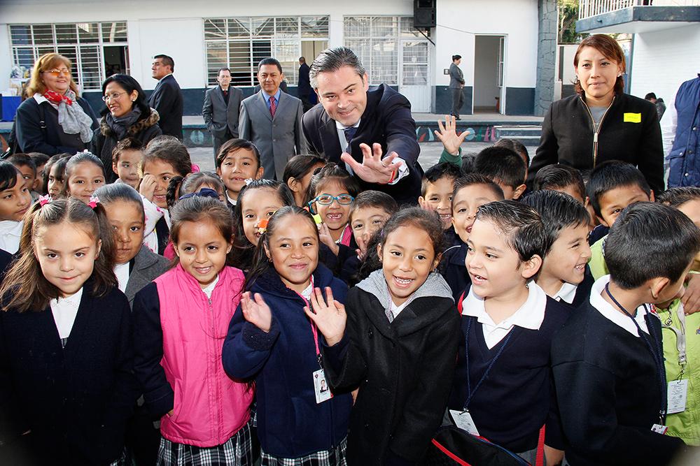 visita escuela primaria modelo 15jpg