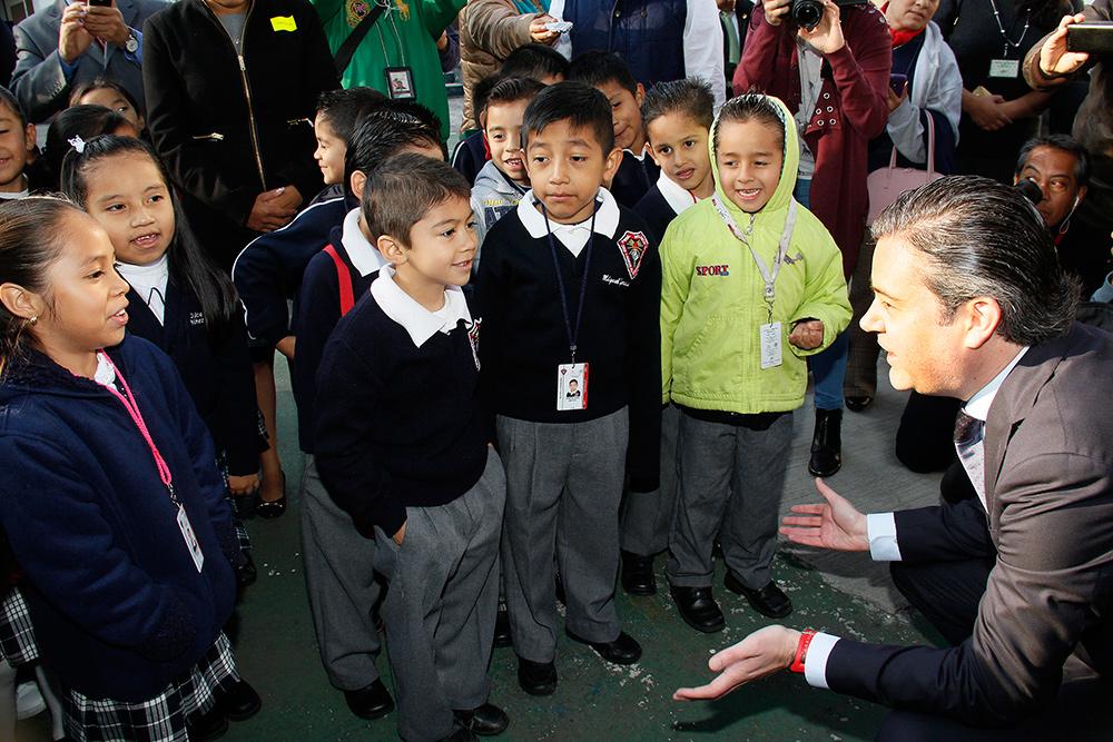 visita escuela primaria modelo 16jpg