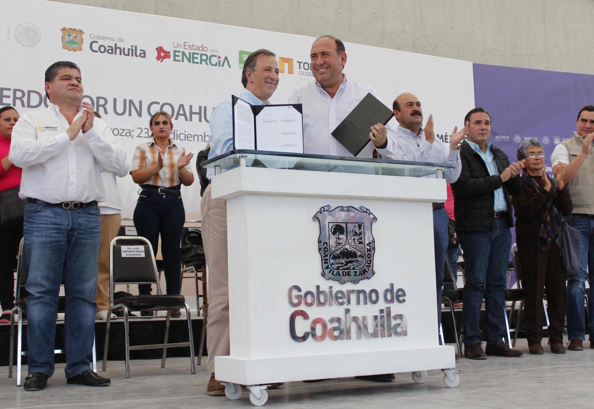 FOTO 4 Secretario Meade en el marco de su gira de trabajo a Torre n  Coahuilajpg