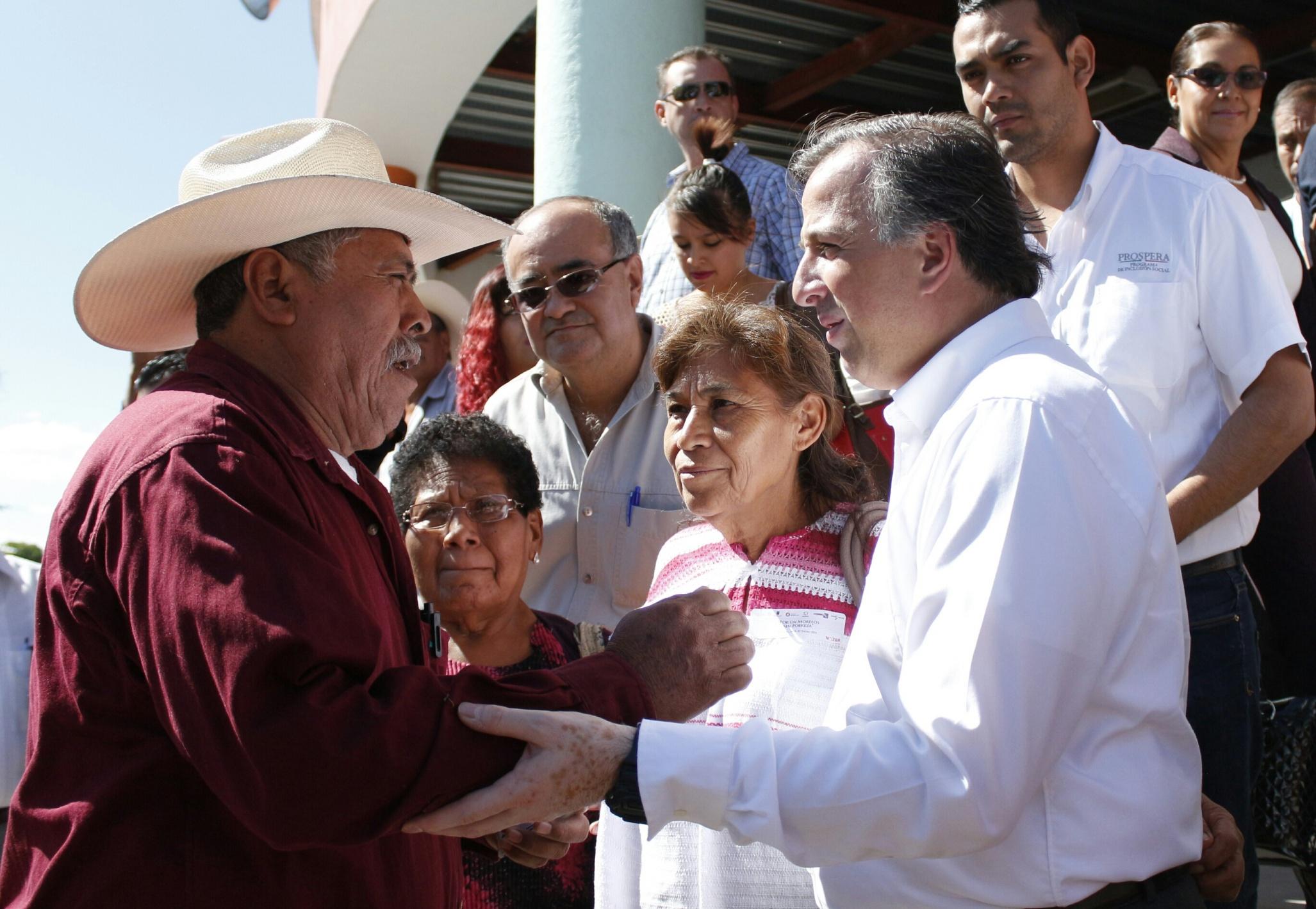 FOTO 2 Secretario Meade en el marco de su gira de trabajo por el estado de Morelos.jpg