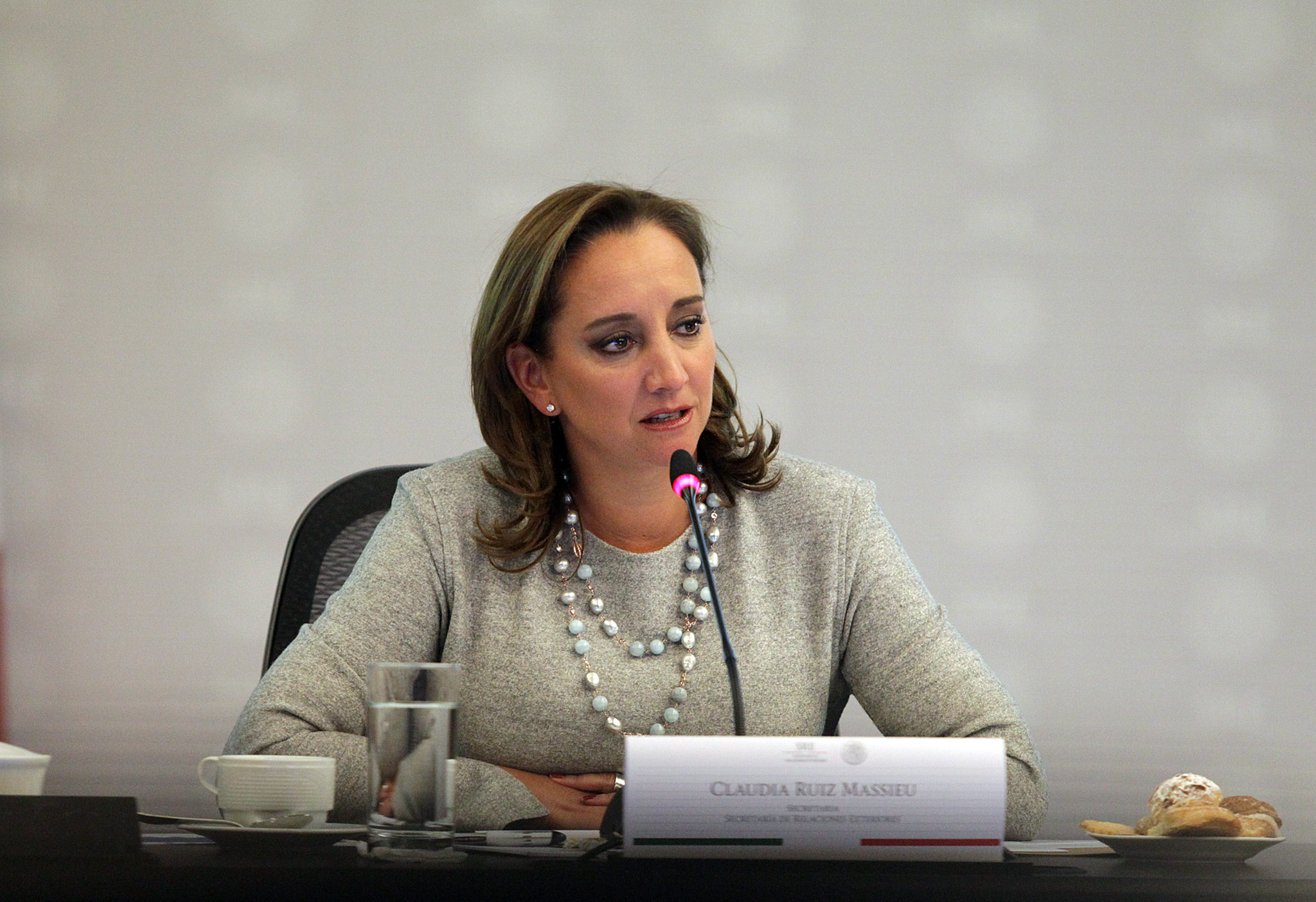 FOTO 2 Canciller Claudia Ruiz Massieu en la Reuni n de Coordinaci n Intersecretarial para Atenci n de Obligaciones en Materia de G nero.jpg