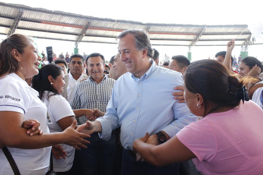 FOTO 5 El secretario Jos  Antonio Meade en el marco de su gira de trabajo por el estado de Campechejpg